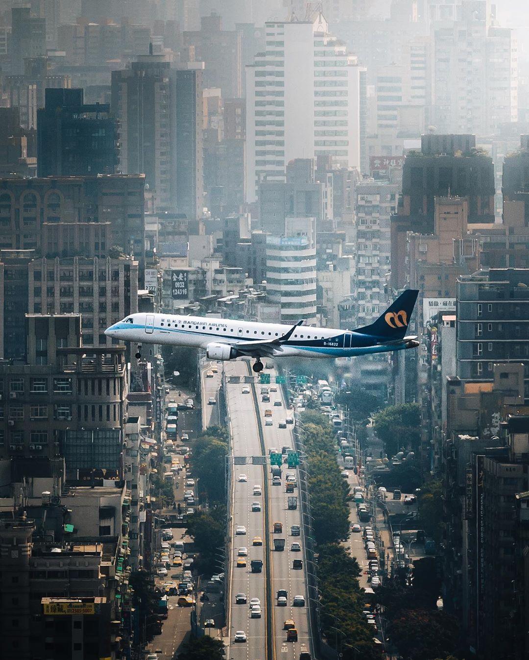 Удивительные снимки из путешествий Джордана Хаммонда