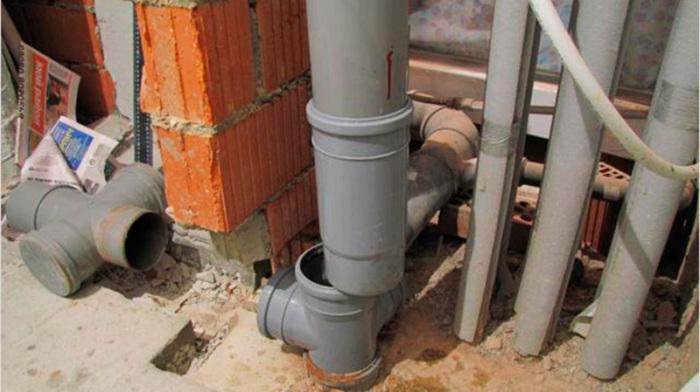 Причины неприятного запаха от канализации в доме