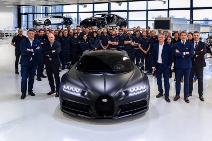 Компания Bugatti выпустила 250-й экземпляр гиперкара Chiron
