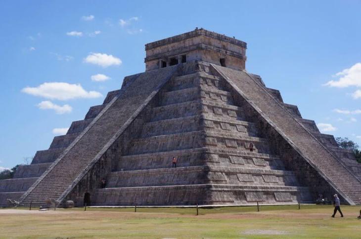 Удивительная 100-километровая дорога майя