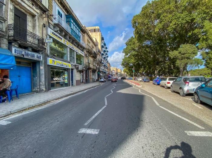 Необычная дорожная разметка на Мальте