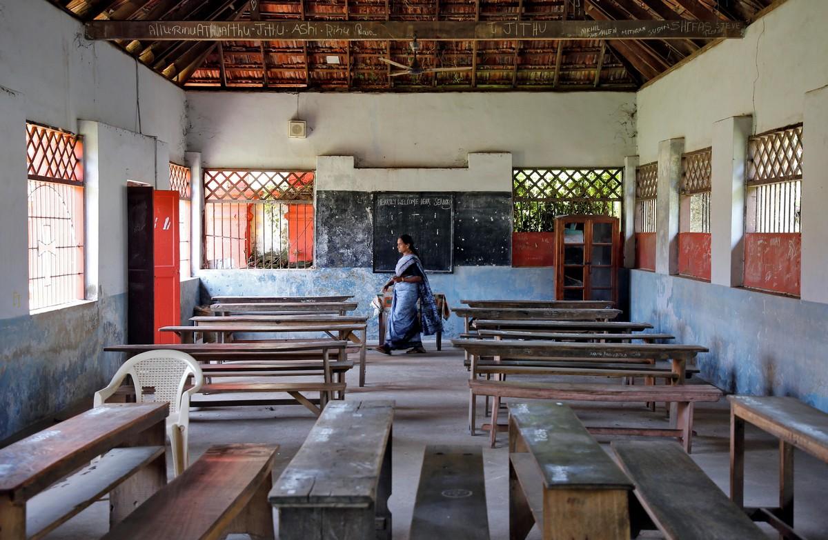 Опустевшие общественные места из-за коронавируса