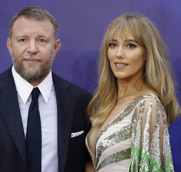 Знаменитые мужчины и их красивые жёны