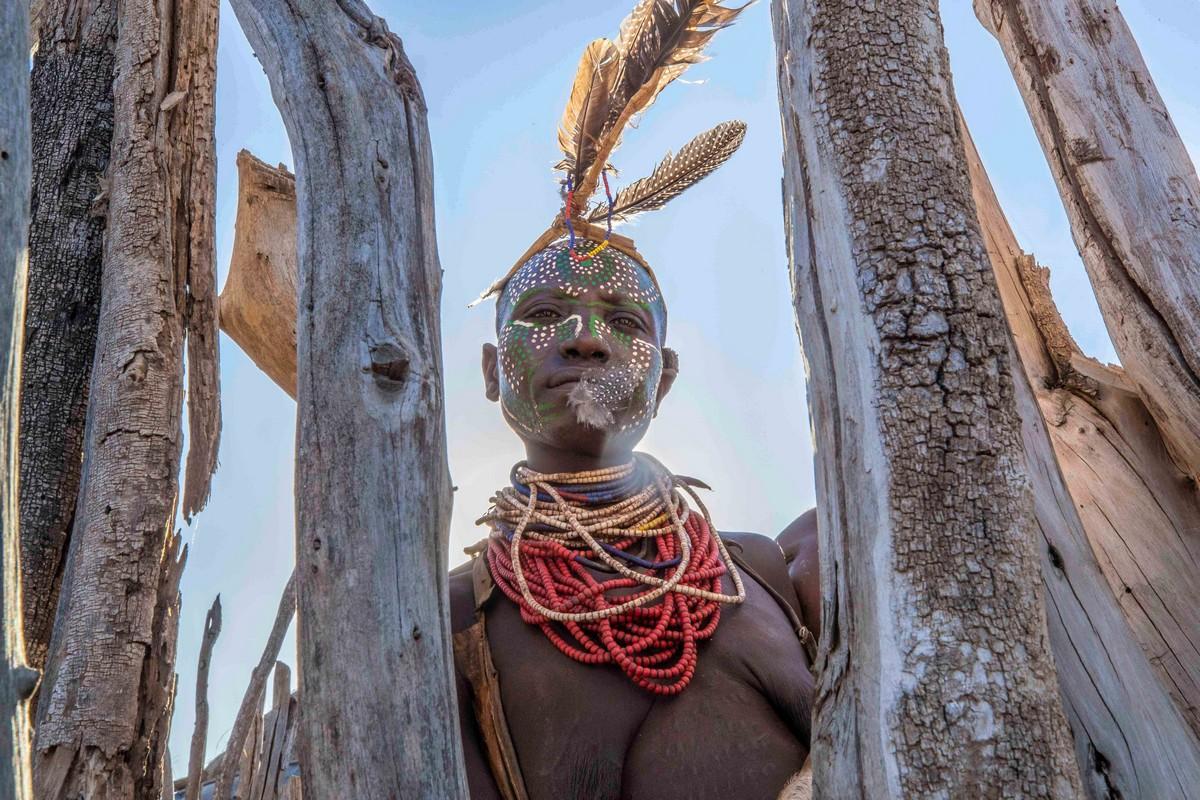 Колоритные портреты представителей племени Каро