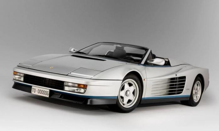Редчайший Ferrari Testarossa с откидным верхом