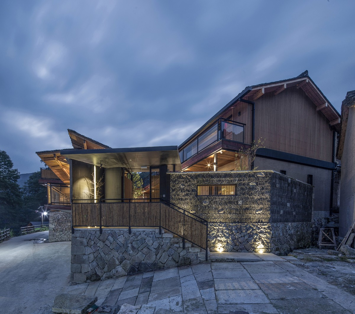 Резиденция Цинсяо в горной китайской деревне