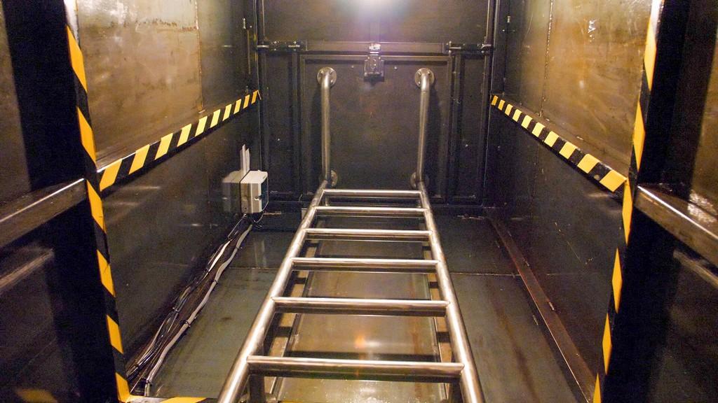 Британец 5 лет строил подземный бункер