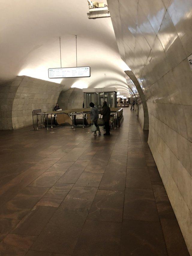 На время карантина метро опустело по всему миру