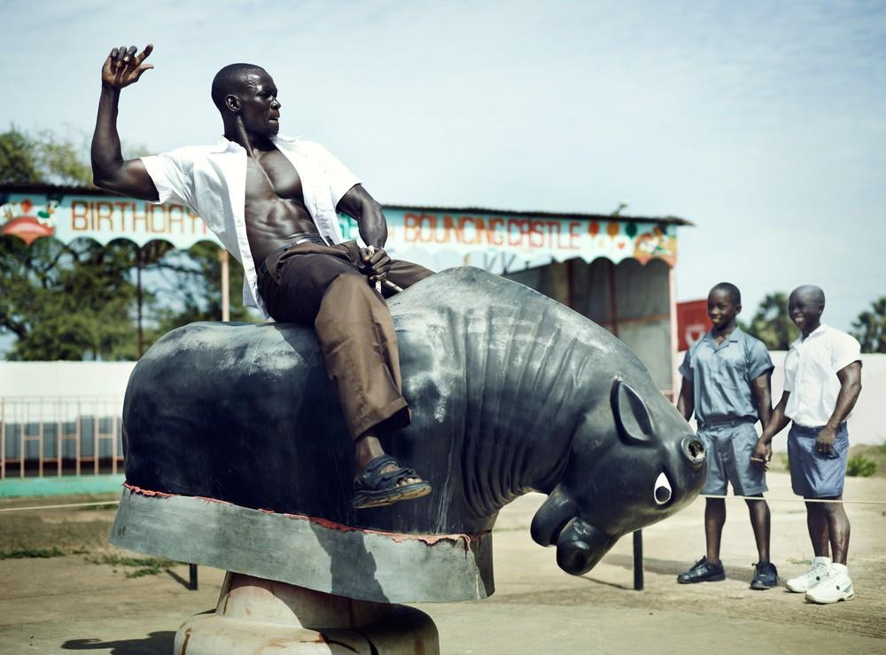 Жизнь в мире бодибилдеров от бельгийского фотографа