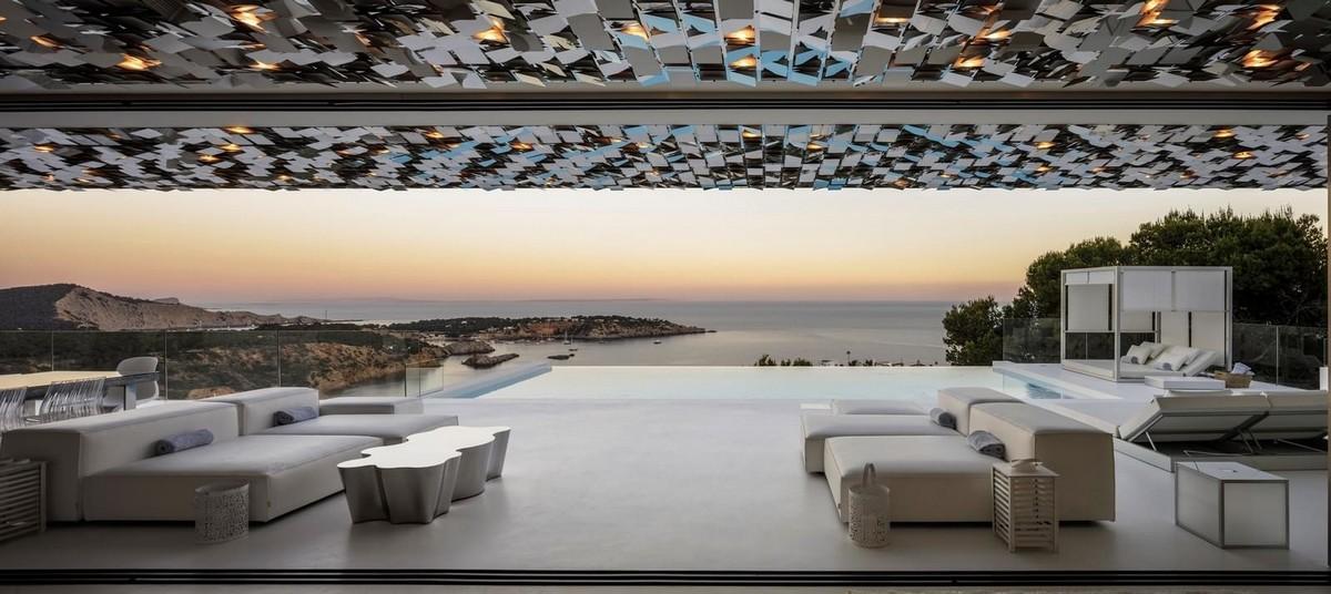 Реконструкция роскошной виллы в Испании