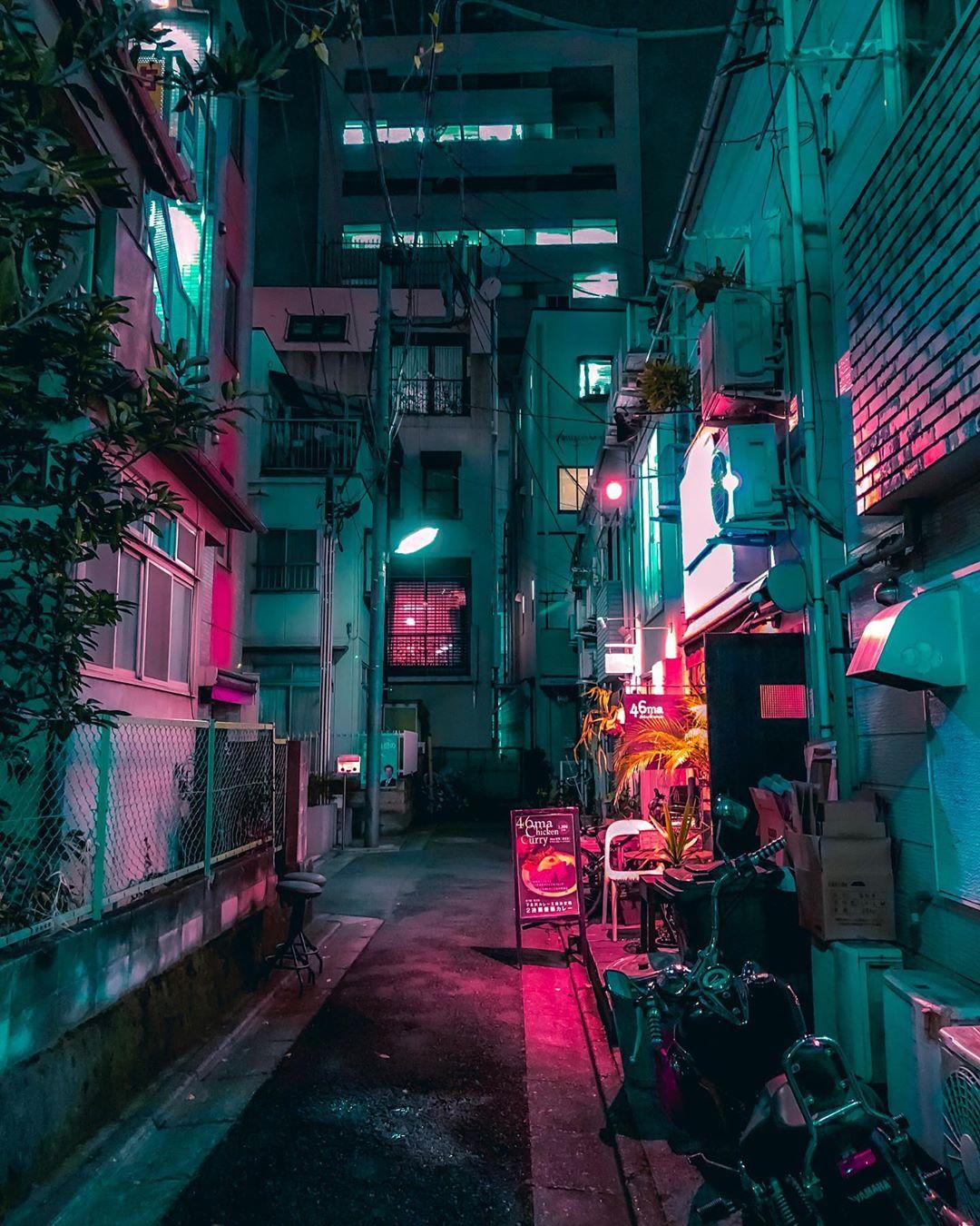 Токио в дневном и ночном свете от итальянского фотографа Маттео Карелла