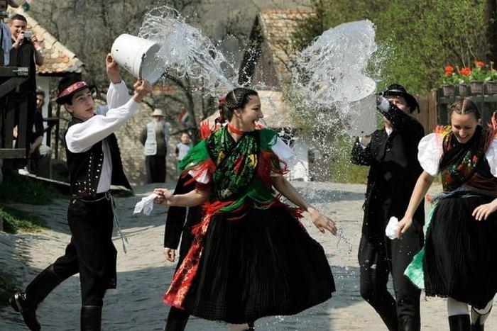 Пасхальные традиции из разных стран мира