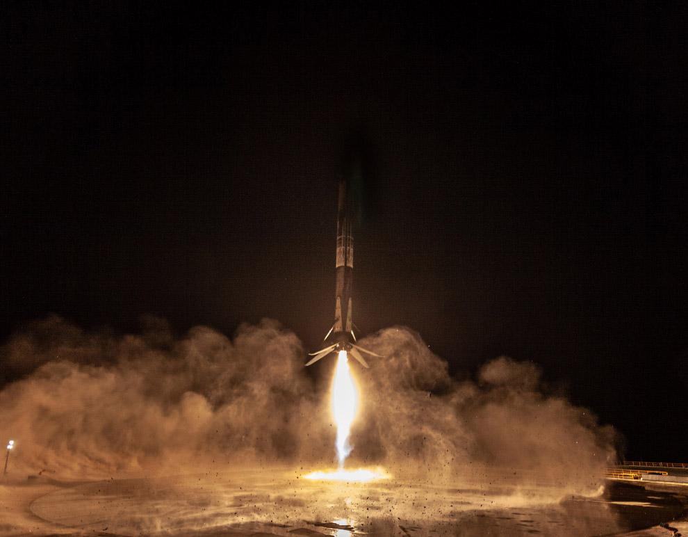 Старты космических кораблей на снимках