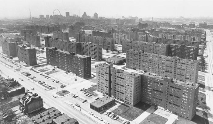 Почему застройка типовыми многоэтажками не прижилась в США