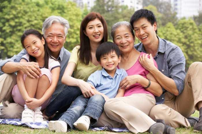 Почему японцы живут дольше других, несмотря на жизненный ритм