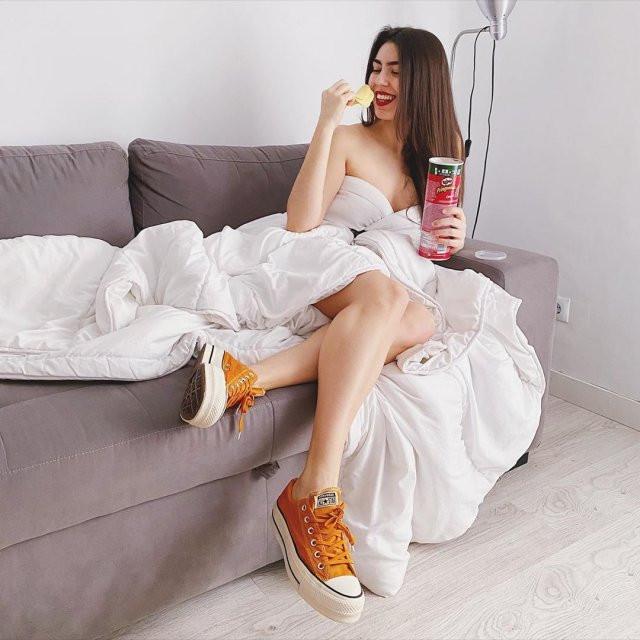 Платья из одеяла - новый тренд в Instagram