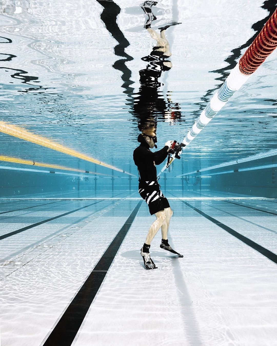 Подводные фотографии с ныряльщиками от Лорана Фарже