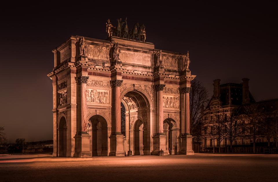 Красота вечернего Парижа на снимках Антона Алымова