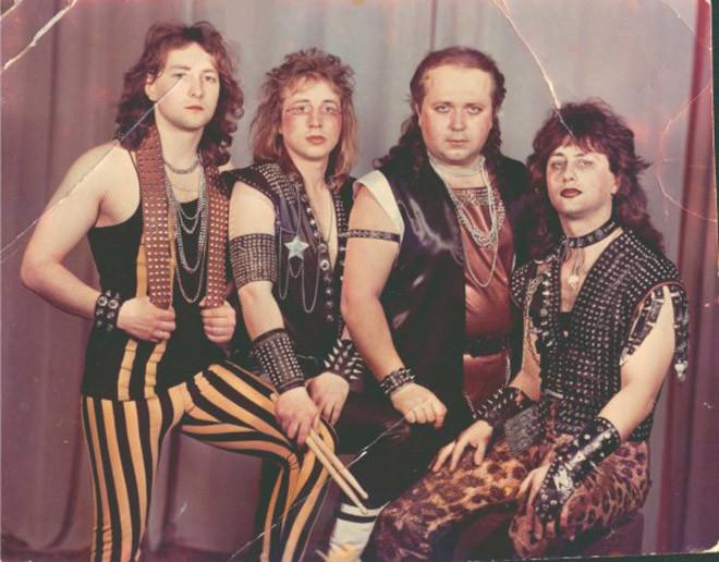 Странные рекламные фотографии музыкальных групп прошлого
