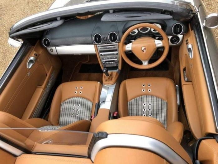 Современный Porsche Boxster превратили в ретро-родстер 356 Speedster