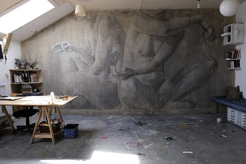 Домашний стрит-арт художников на стенах своих квартир и домов