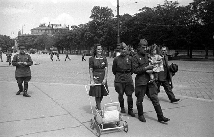 Как называли детей австриек, рождённых от советских солдат