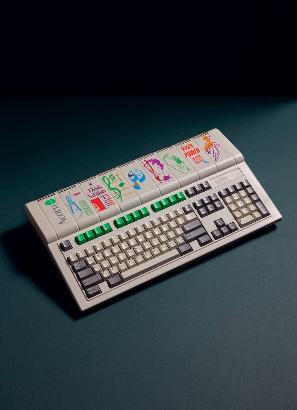 Первые из домашних компьютеров на снимках