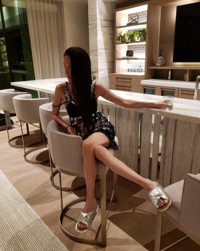 Дизайнер с мировым именем Вера Вонг: сколько ей лет?