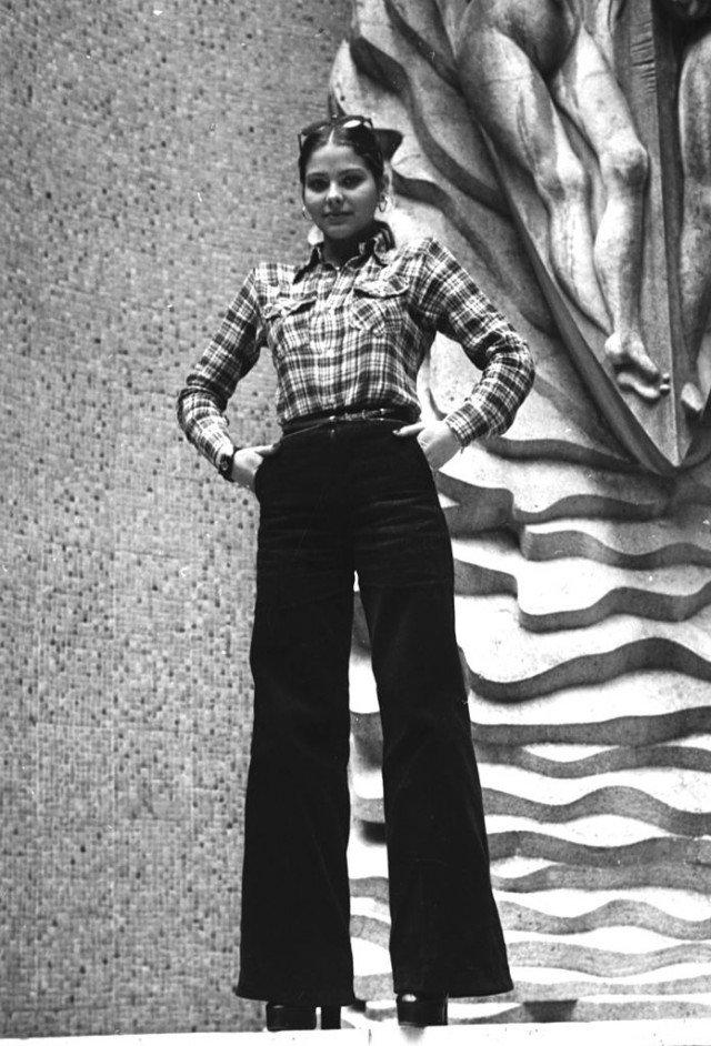 Фотографии юной Орнеллы Мути, сделанные задолго до Укрощения строптивого