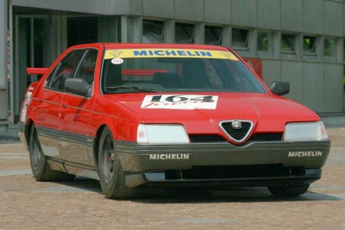 Alfa Romeo 164 с мотором V10 от Формулы-1 из 1980-ых