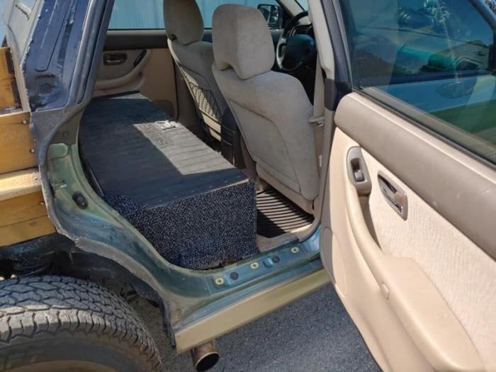 Универсал Subaru Outback переделали в очень странный пикап