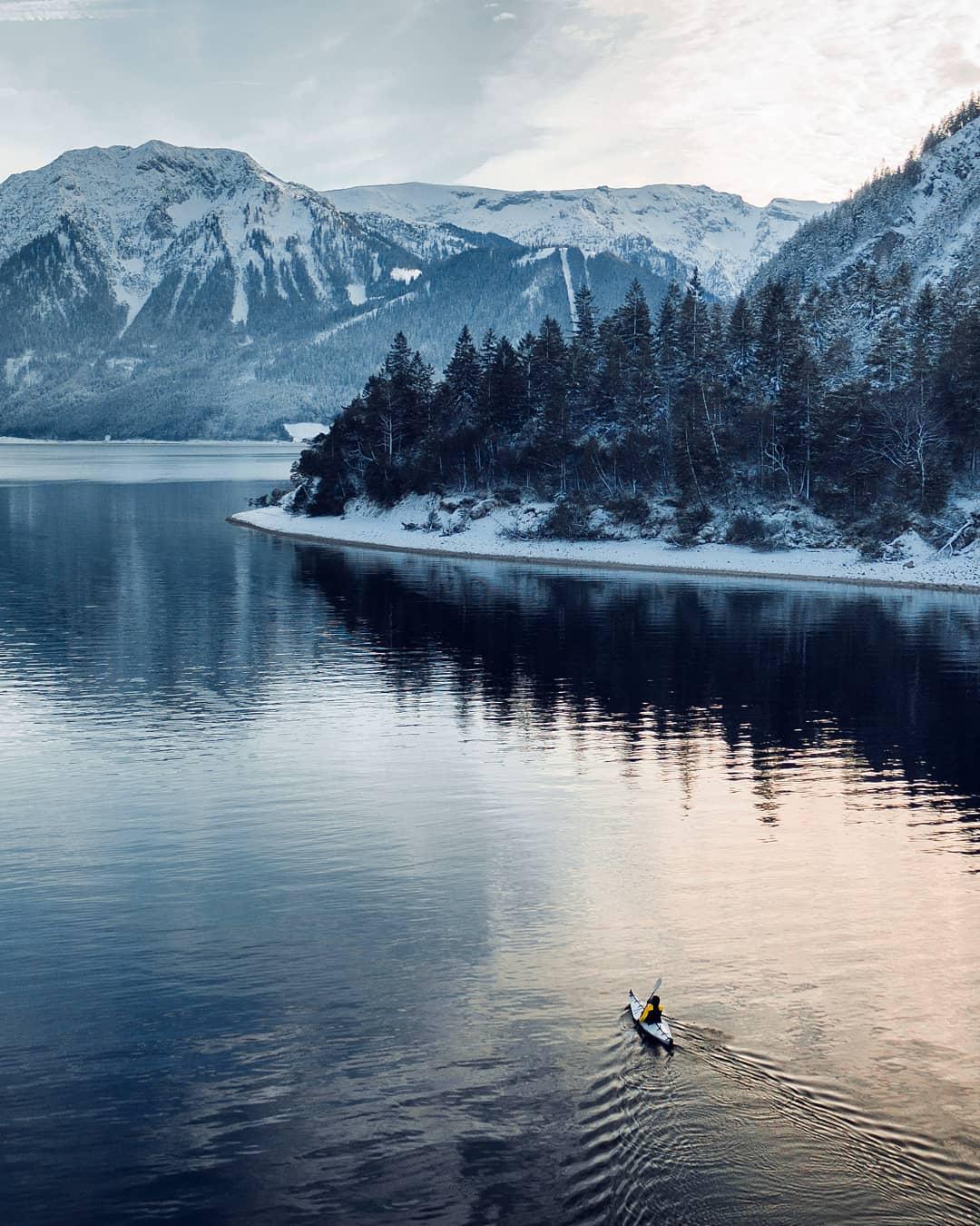 Удивительные горные пейзажи из путешествий Тома Клокера (ФОТО)
