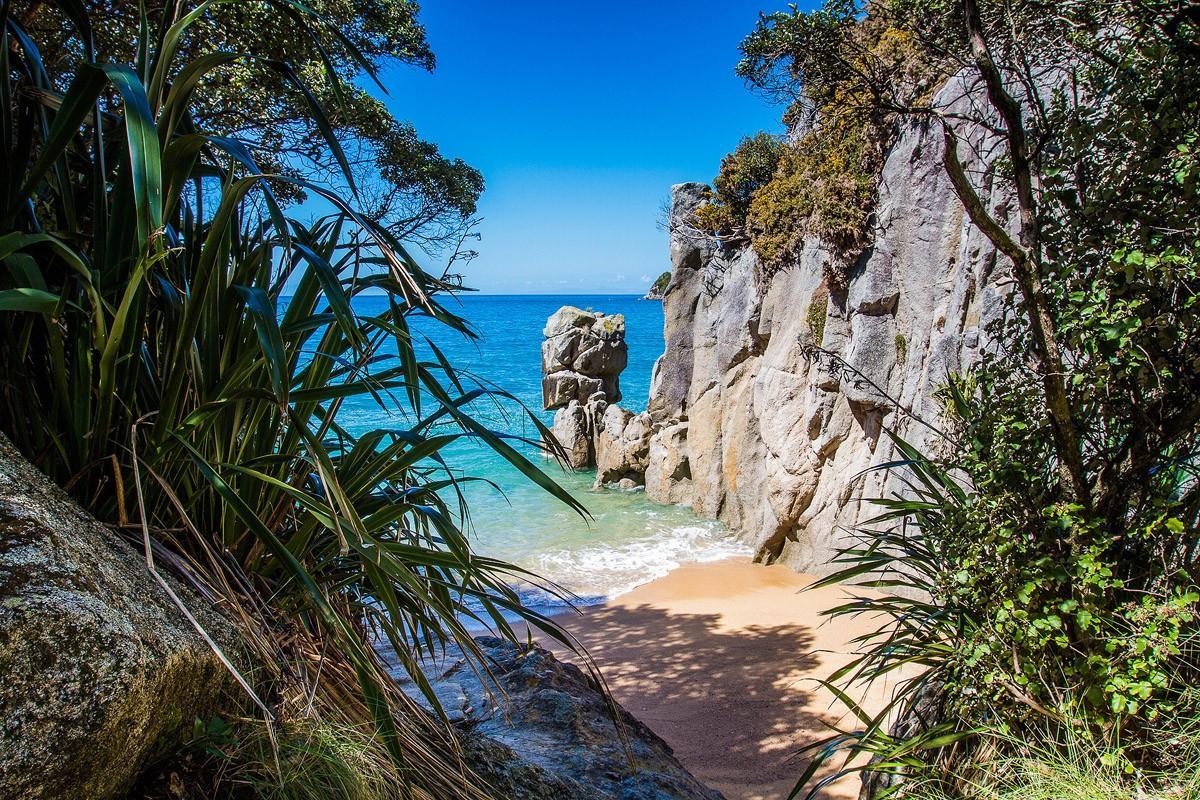 Интересные пляжи мира, на которых хотелось бы оказаться прямо сейчас (ФОТО)