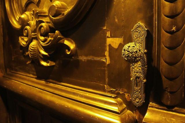 Интригующие элементы мексиканских дверей  (ФОТО)