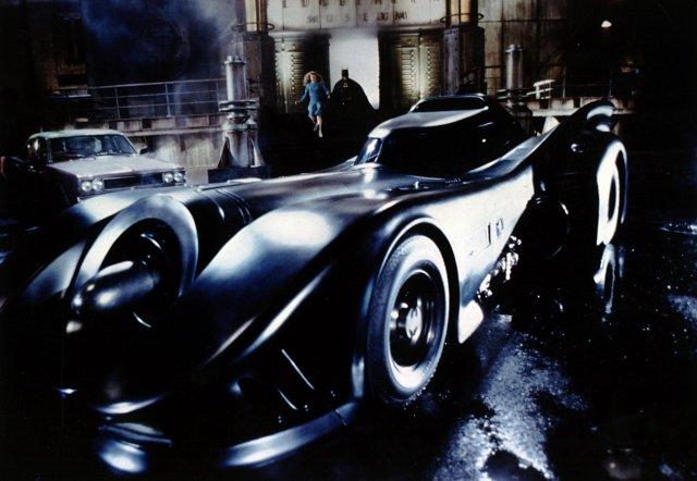 Эволюция бэтмобилей: какими были машины Бэтмена разных лет