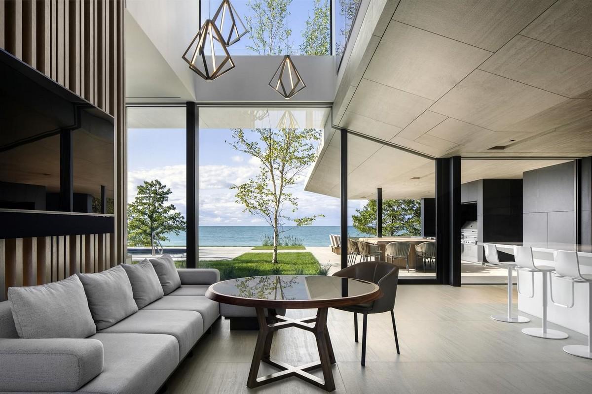Летний дом на берегу озера Гурон в Канаде
