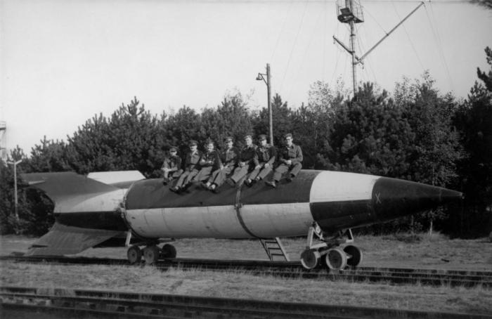 Почему немцы не пустили в ход ракеты Фау против СССР