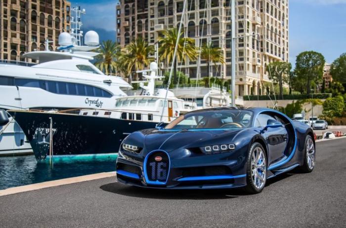 Подержанный гиперкар Bugatti Chiron продают со скидкой