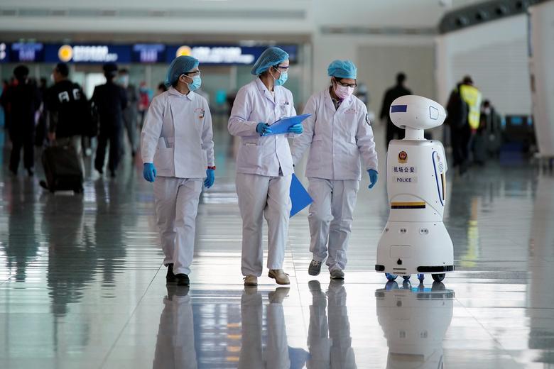 Как роботы и дроны помогают бороться с коронавирусом