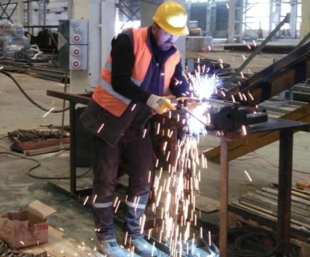 Бесстрашные работяги, которые забыли о технике безопасности
