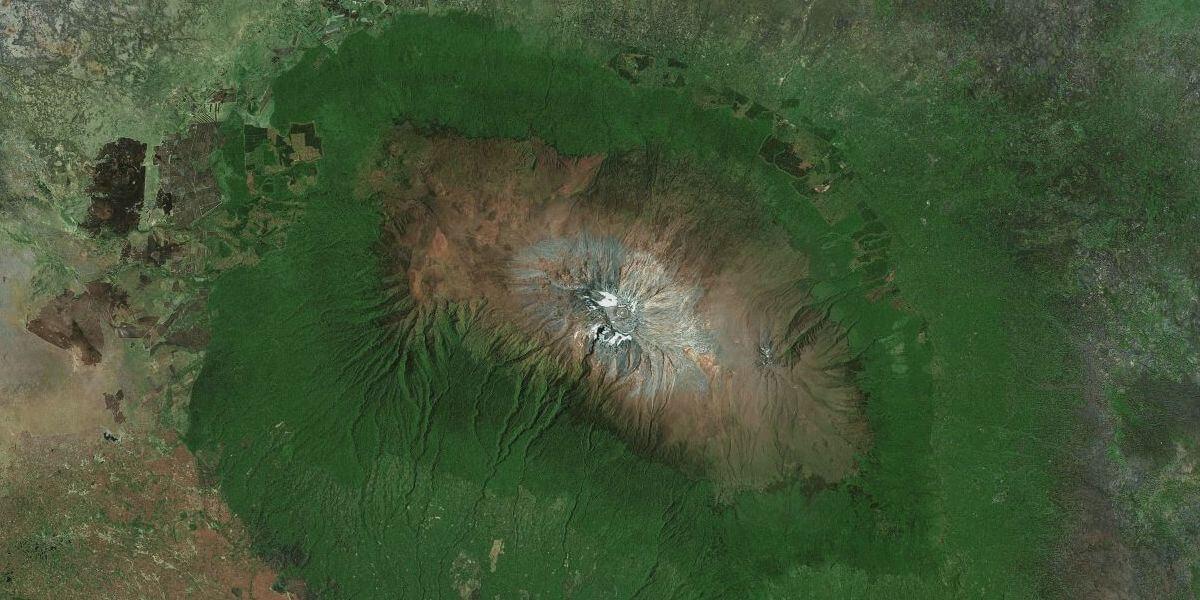 Вид на нашу планету с высоты птичьего полёта