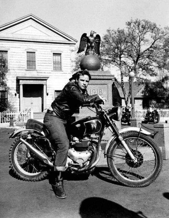 Знаменитости ХХ века на мотоциклах
