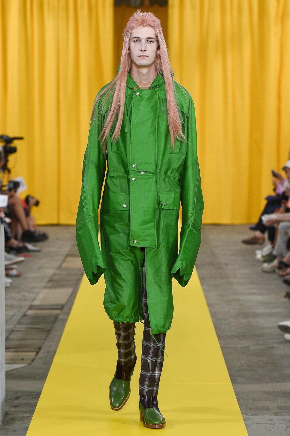 Странная мужская мода от Вальтера ван Бейрендонка