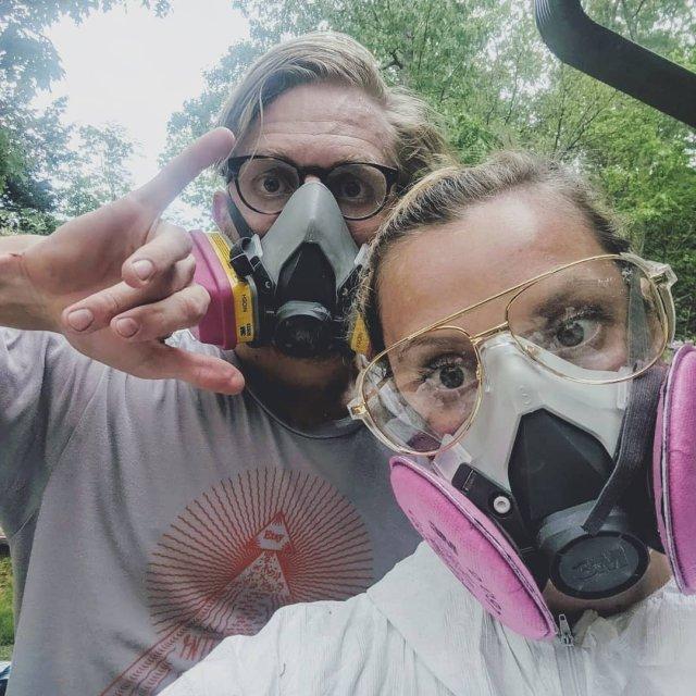Супруги из Америки купили полуразрушенную хибару и сделали там ремонт