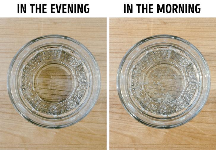 Почему не стоит оставлять воду рядом с кроватью