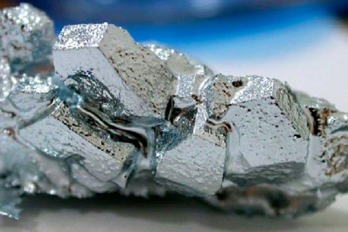 Почему ртуть жидкая, в отличие от других металлов