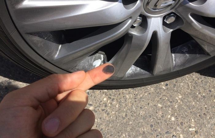 Черный налет на колесных дисках: откуда берется и как избавиться (ФОТО)