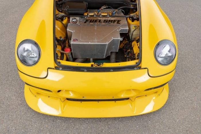 Ruf CTR2 Sport 1997 года, был самым мощным серийным автомобилем