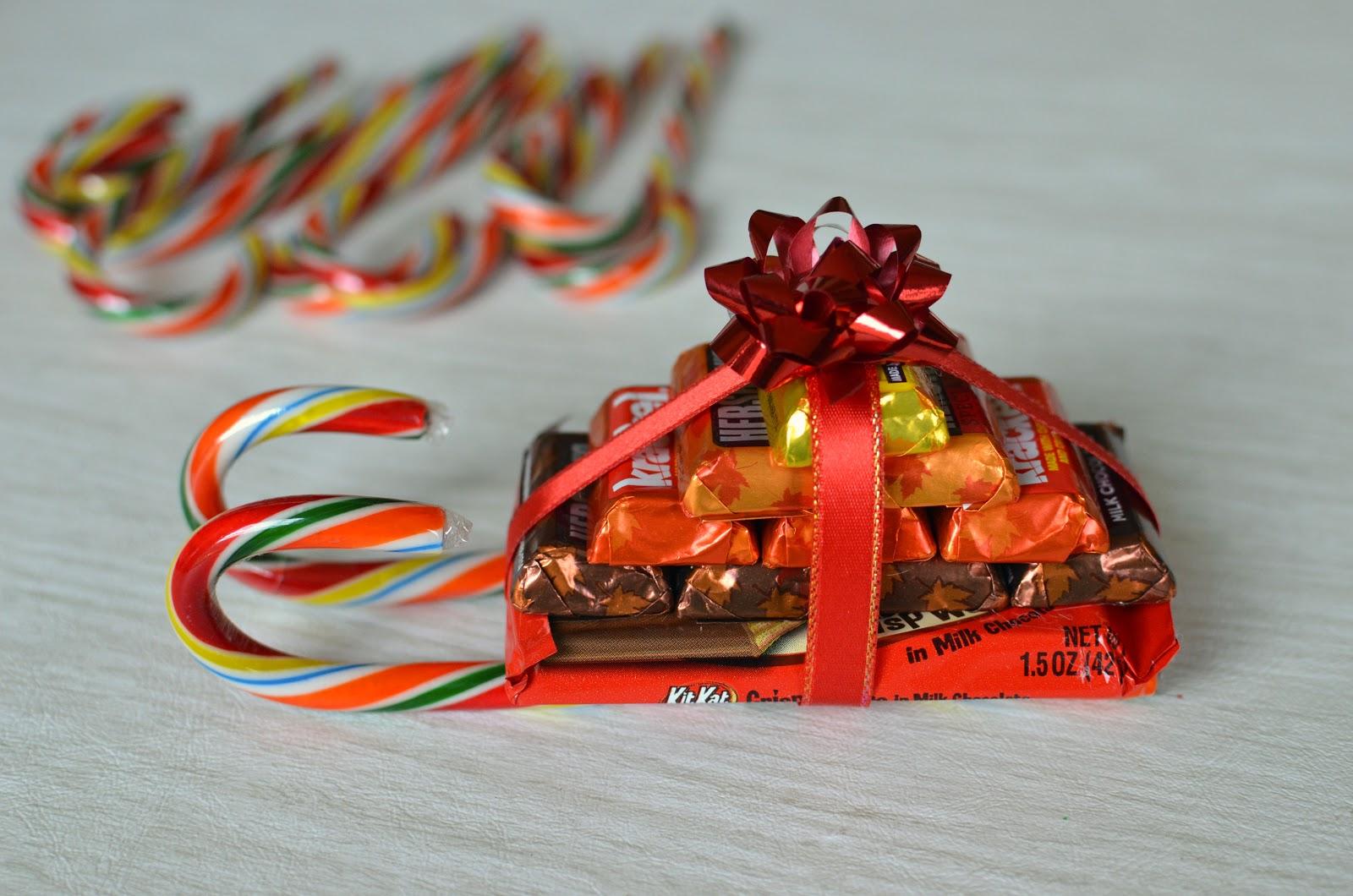 Сани из шоколадок, сладкая радуга: делаем вкусные новогодние подарки для всей семьи