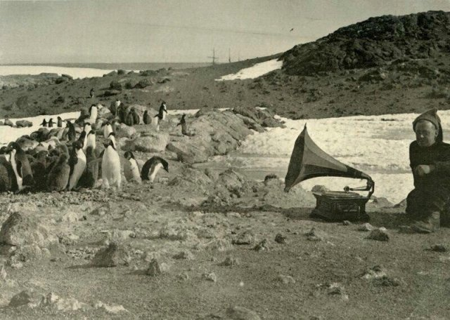 Подборка ярких черно-белых снимков с историей